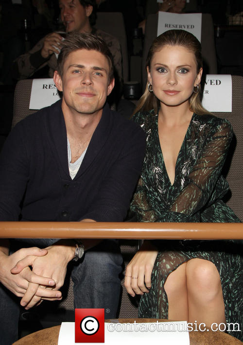 actress-rose-mciver wearing hannahnaomi stacking rings at movie premiere