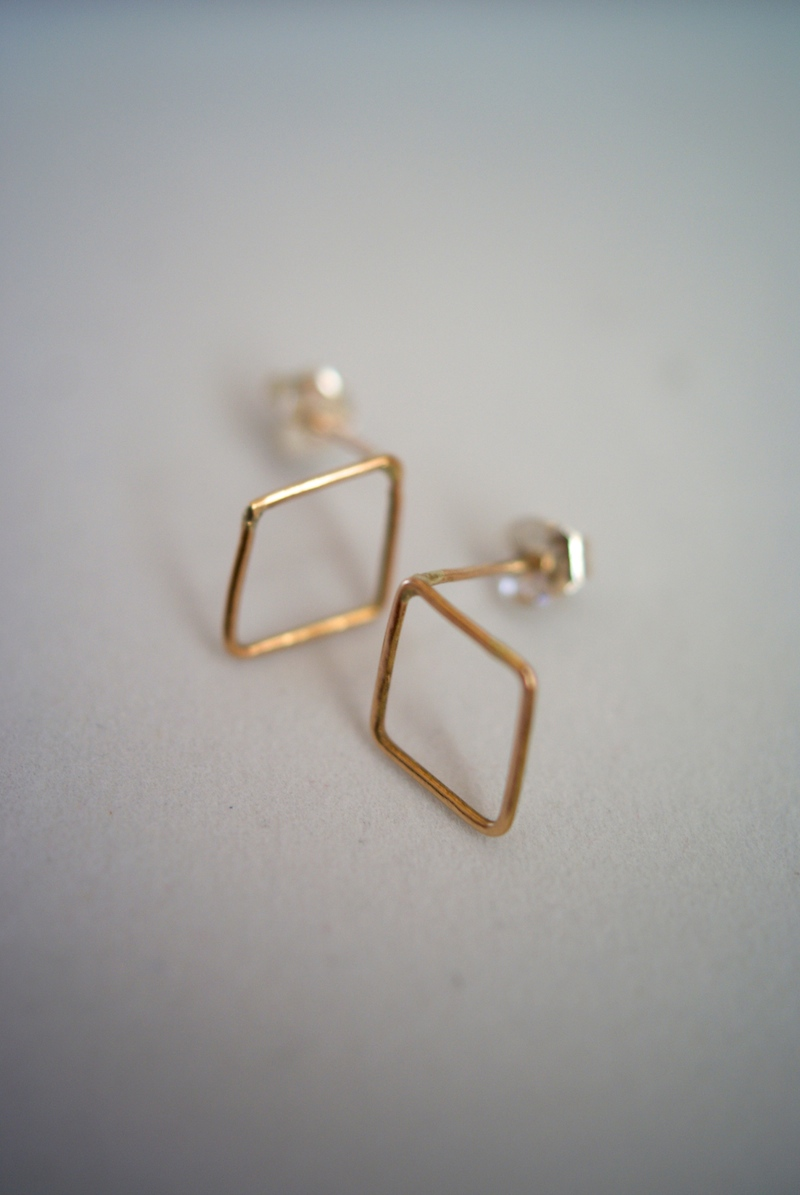 yellow gold solid baby white image or products earrings tiny belladaar stud
