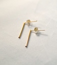Gold Bar Stud earrings in 14K Gold fill